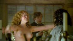 Голая Дженни Жак в сериале «Отчаянные романтики» фото #15