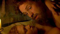 Голая Дженни Жак в сериале «Отчаянные романтики» фото #20