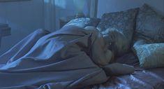 Голая грудь Дженни Райт в фильме «Газонокосильщик» фото #8