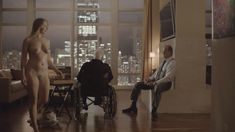 Голая Дженнифер Мадж в сериале «Босс» фото #3
