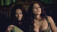 Голая Джессика Паркер Кеннеди в сериале «Черные паруса» фото #3