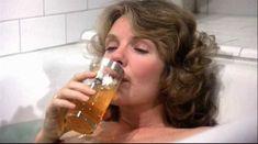 Джилл Клейбёрг засветила сосок в фильме «Танцую так быстро, как могу» фото #1