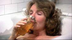 Джилл Клейбёрг засветила сосок в фильме «Танцую так быстро, как могу» фото #2