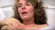 Джилл Клейбёрг засветила сосок в фильме «Танцую так быстро, как могу» фото #3