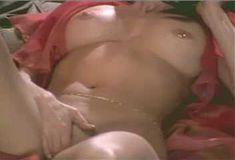 Голая Джулия Круиз в сериале «Лучший секс в вашей жизни» фото #4