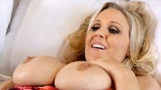 Джулия Энн в порнофильме Sex Door Neighbors фото #3