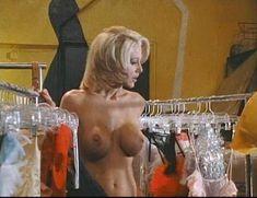 Джулия Энн в порнофильме Veronica фото #11