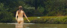 Красотка Жозефин де ла Буме оголила грудь и попу в фильме «Дорожные игры» фото #3