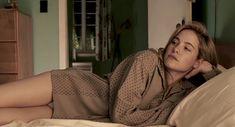 Каролин Давернас засветила грудь в фильме «Смерть супермена» фото #3