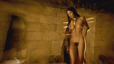 Голая Каролина Гуерра в сериале «Демоны Да Винчи» фото #1
