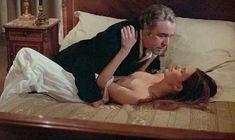 Кароль Буке снялась голой в фильме «Этот смутный объект желания» фото #4