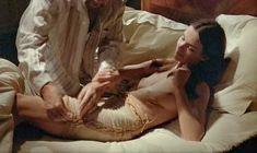 Кароль Буке снялась голой в фильме «Этот смутный объект желания» фото #6