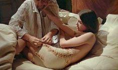 Кароль Буке снялась голой в фильме «Этот смутный объект желания» фото #8