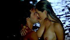 Голая Келли Брук в фильме «Секс ради выживания» фото #16