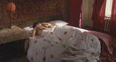 Келли Райлли засветила грудь в сериале «Русские матрешки» фото #3