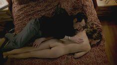 Голая Кери Рассел в сериале «Американцы» фото #12