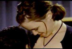 Голая Киган Коннор Трейси в сериале «Попрошайки и выборщики» фото #12