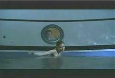Голая Ким Диккенс в сериале «Развал» фото #4