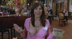 Кимберли Пейдж показала голую грудь в фильме «Сорокалетний девственник» фото #4