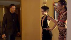 Голая Кира Нуар в сериале «Подчинение» фото #1