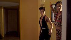 Голая Кира Нуар в сериале «Подчинение» фото #4