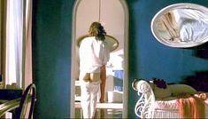 Полностью голая Клаудия Колль в фильме «Все леди делают это» фото #33