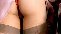 Полностью голая Клаудия Колль в фильме «Все леди делают это» фото #42