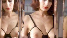 Полностью голая Клаудия Колль в фильме «Все леди делают это» фото #65