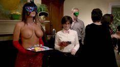 Голая Криста Келли в сериале «Мастера вечеринок» фото #2