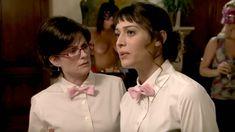 Голая Криста Келли в сериале «Мастера вечеринок» фото #9