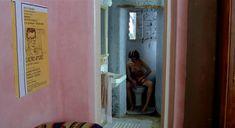 Совершенно голая Кристин Буассон в фильме «Идентификация женщины» фото #2