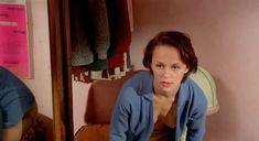 Совершенно голая Кристин Буассон в фильме «Идентификация женщины» фото #6