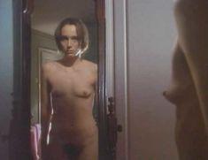 Голая Кристин Скотт Томас в сериале «Тело и душа» фото #3