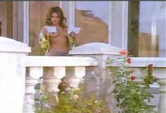 Голая Лайла Робертс в сериале «Эротические признания» фото #2