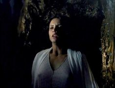 Засвет сосков Леонор Варела в сериале «Клеопатра» фото #4