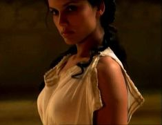 Засвет сосков Леонор Варела в сериале «Клеопатра» фото #7