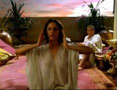 Засвет сосков Леонор Варела в сериале «Клеопатра» фото #19