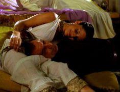 Засвет сосков Леонор Варела в сериале «Клеопатра» фото #25
