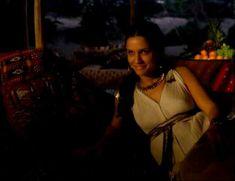 Засвет сосков Леонор Варела в сериале «Клеопатра» фото #34