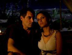 Засвет сосков Леонор Варела в сериале «Клеопатра» фото #35