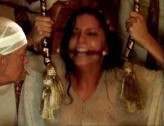 Засвет сосков Леонор Варела в сериале «Клеопатра» фото #43