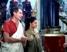 Засвет сосков Леонор Варела в сериале «Клеопатра» фото #45