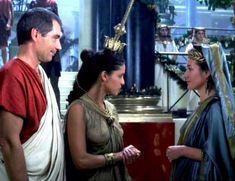 Засвет сосков Леонор Варела в сериале «Клеопатра» фото #46