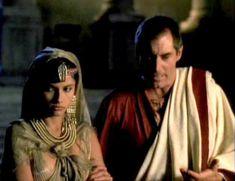 Засвет сосков Леонор Варела в сериале «Клеопатра» фото #52