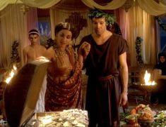 Засвет сосков Леонор Варела в сериале «Клеопатра» фото #63