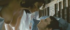 Голая Леонор Уотлинг в фильме «Убийства в Оксфорде» фото #3