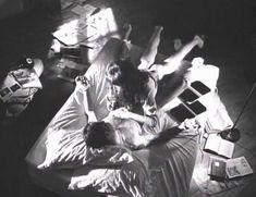 Голая Лесли Хоуп в фильме «Париж, Франция» фото #43