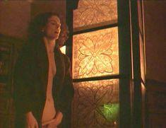 Голая Лесли Хоуп в фильме «Париж, Франция» фото #54