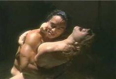 Голая Лиза Комшоу в сериале «Эротические признания» фото #3
