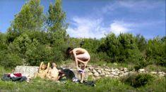 Лиззи Брошере снялась голой в фильме «У каждого своя ночь» фото #27